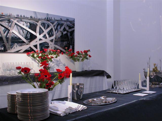 Salle principale, réunion avec buffet